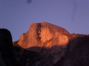 夕日に燃えるハーフドーム