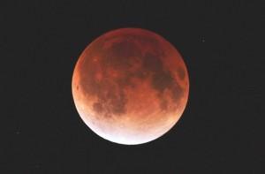 2011年12月10日皆既月食の様子