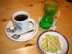 コーヒー400円ソーダ水400円(豆菓子付)