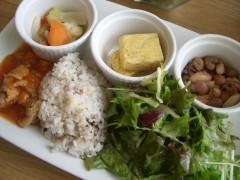 野菜たっぷり本日のデリプレート1200円(316.2kcal・糖質4.3g)