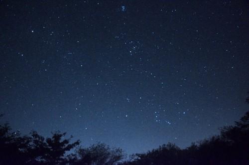 東の空から昇りくるすばる、ヒヤデス星団、オリオン座