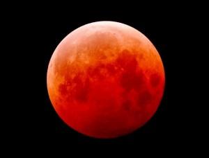 昨年10月8日に見られた皆既月食