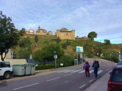 Sanabriaの古城を見ながら出発