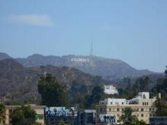 ハリウッドサインを遠望