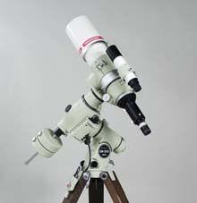 天体望遠鏡の一例