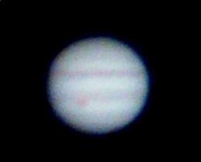 今年の4月17日に天体望遠鏡を使い、スマートフォンで撮影した木星