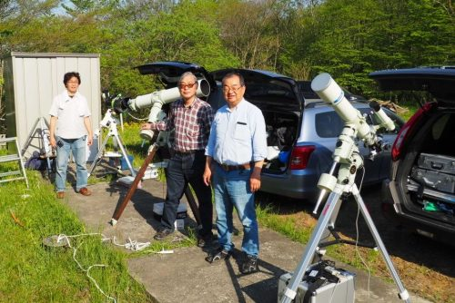 天体観測を仲間と楽しむ