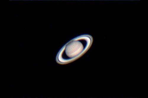 天体望遠鏡で撮影した土星(撮影:浦辺守)